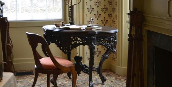一人暮らしに必要なテーブル